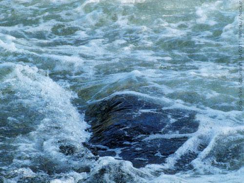 Untiefe im Fluß