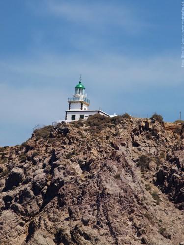 Leuchtturm am Südkap von Santorini
