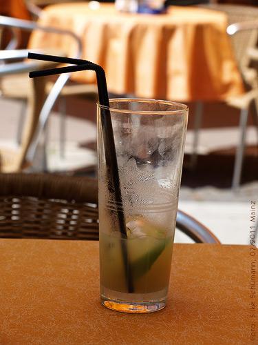 Hausgemachte Limonade gegen Durst