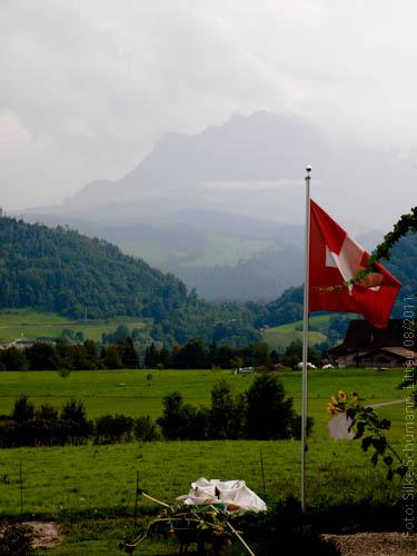 Schweiz zeigt Flagge zum 1. August