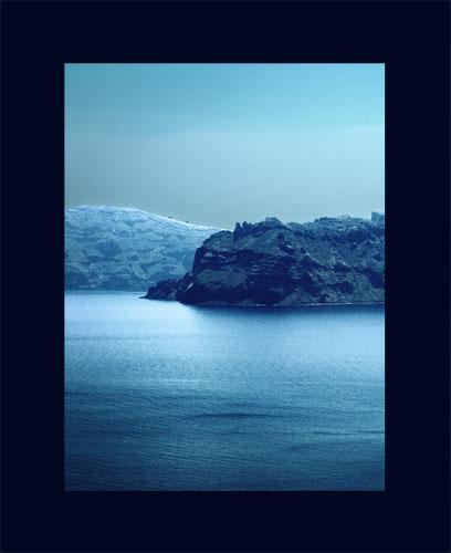 Santorini Küste (Portrait velvia)